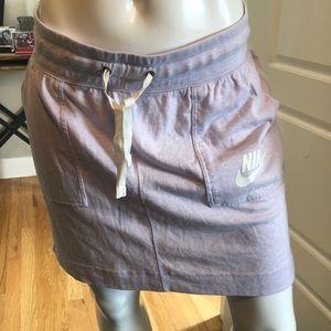 NWT Nike sport skirt medium - light purple